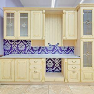 Кухни из дерева в Калининграде