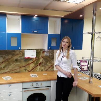 Дизайнер салона Магия кухни. Кухни на заказ в Калининграде